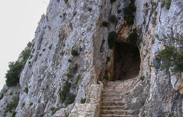 Tunnelen Calpe klippen