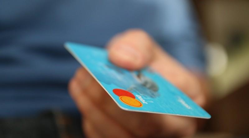 Kort eller kontant i Spania