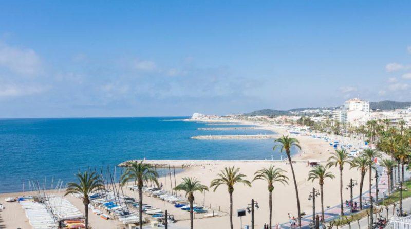 Sitges by en perle kun 35 km fra Barcelona